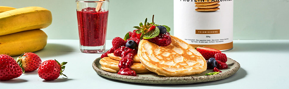 Pancakes with chia jam